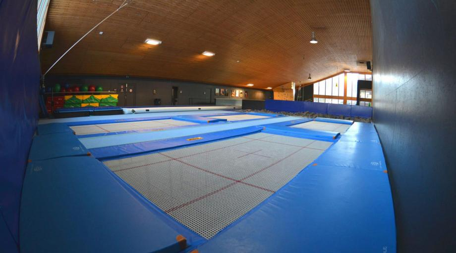 Bodentrampolin Grand Master INDOOR